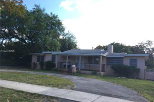 13117 N Miami Ave - Photo 1
