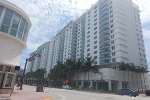 2301 Collins Ave #1514 - Photo 1
