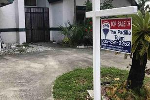 1281 SW 103rd Ave - Photo 1