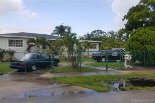 14650 NW 13th Rd - Photo 1