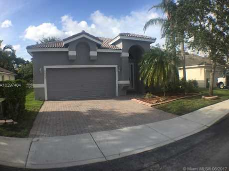 16257 NW 24th St - Photo 1
