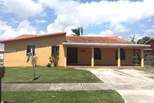 12231 SW 185th Ter - Photo 1