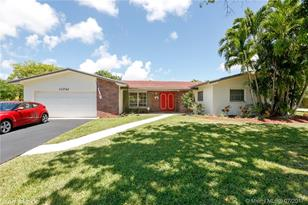 11741 SW 107th Ct - Photo 1