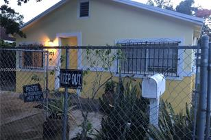 5728 NW 5 Ct - Photo 1