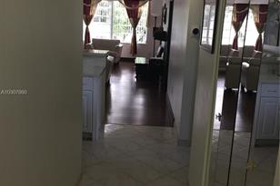 7480 NW 17th St #210 - Photo 1