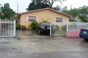 580 NW 94th St - Photo 1