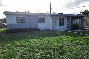 3361 NW 15th Pl - Photo 1