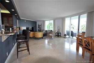 5161 Collins Ave #505 - Photo 1