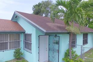 4980 NW 32nd Ave - Photo 1