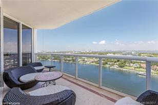 4779 Collins Ave #2106 - Photo 1