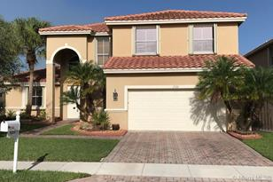 1520 SW 191st Ave - Photo 1