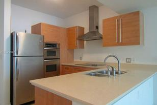 218 SE 14th St #1904 - Photo 1