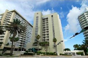 5880 Collins Ave #1002 - Photo 1