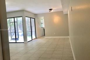 1150 N Liberty Ave #J      (1K Bonus) - Photo 1
