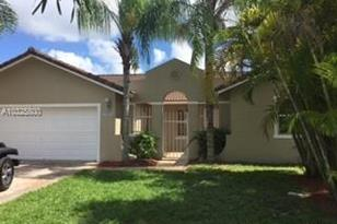 14942 SW 173rd Ter - Photo 1