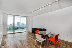 500 Brickell Ave #1700 - Photo 1