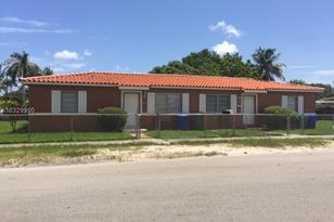 1621 NW 19th Ave - Photo 1