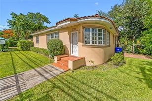 2240 SW 24th Ave - Photo 1