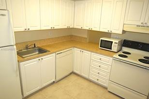 8650 SW 109th Ave #3-121 - Photo 1