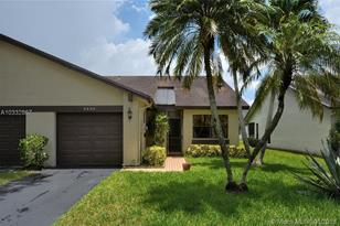 8200 NW 100th Dr - Photo 1