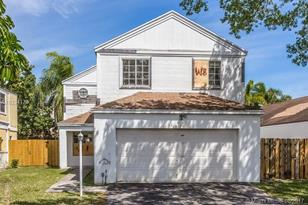 10137 SW 223rd Ter - Photo 1