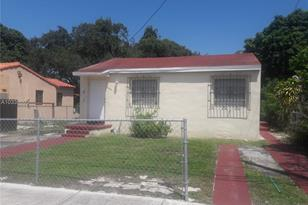 7655 NW 3rd Ave - Photo 1