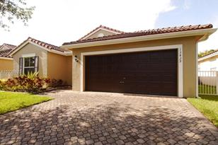 13429 SW 144th Ter - Photo 1