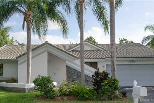 7900 NW 18th Pl - Photo 1