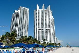 18201 Collins Ave #1102 - Photo 1