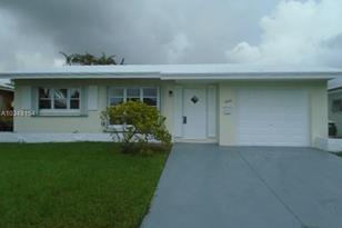 4909 NW 44th Ter - Photo 1