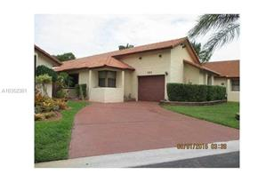 601 SW 113th Ave - Photo 1