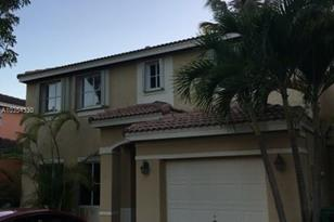 9660 SW 164th Ave - Photo 1