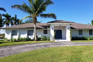 18320 SW 86th Ave - Photo 1
