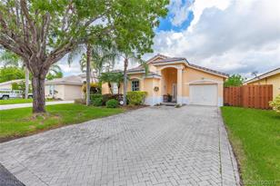 15459 SW 143rd Ter - Photo 1