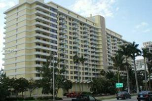 5600 Collins Ave #10Y - Photo 1