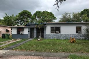 1115 NW 131st St - Photo 1