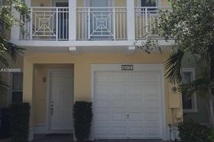 10712 NW 75th Ter #10712 - Photo 1