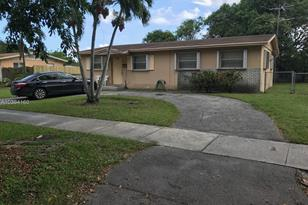11300 Caribbean Blvd - Photo 1