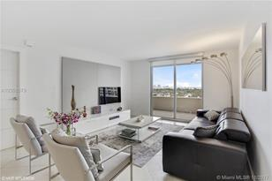 5555 Collins Ave #9U - Photo 1