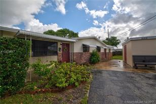 2120 SW 37th Ave - Photo 1