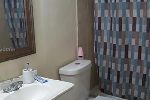 402 NW 107 Ave #2B - Photo 1