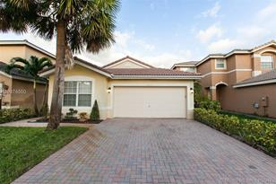 2063 SW 149th Ave - Photo 1