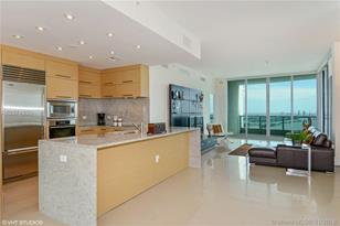 900 Biscayne Blvd #3701 - Photo 1
