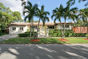 2055 SW 18th Ave - Photo 1