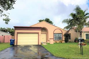 9641 NW 44th Ct - Photo 1