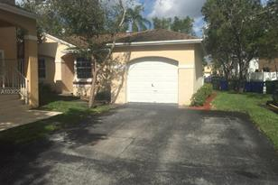 11926 NW 12th St - Photo 1