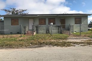 4801 NW 19th Ave - Photo 1