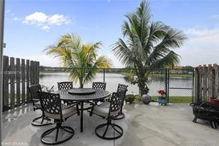 16562 SW 68th Ter #- - Photo 1