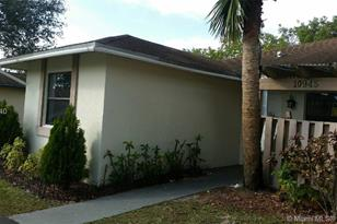 10945 NW 29th Pl #1 - Photo 1