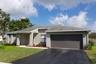 4800 SW 119th Ave - Photo 1